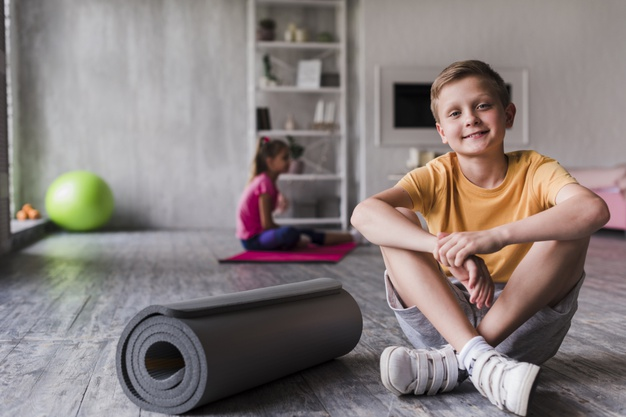 Pilates infantil y manualidades